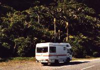 Britz Country Club Motorhome, click for Britz New Zealand homepage
